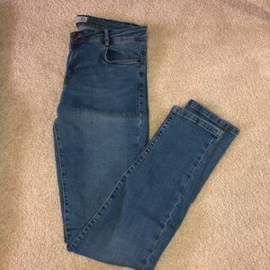 Medium-wash skinny jeans